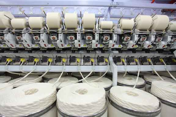 spinning cotton and machine